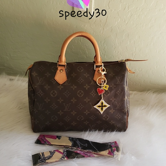 c0e2c758a11 Louis Vuitton Handbags - 🌻🌸 SALE🌸 🌻Louis Vuitton Speedy 30